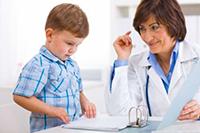 Мальчик, врач