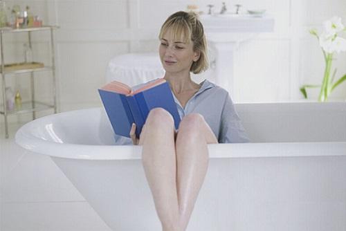 Ванная, девушка
