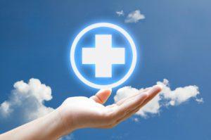 Помощь для наркозависимых в реабилитационном центре: преимущества